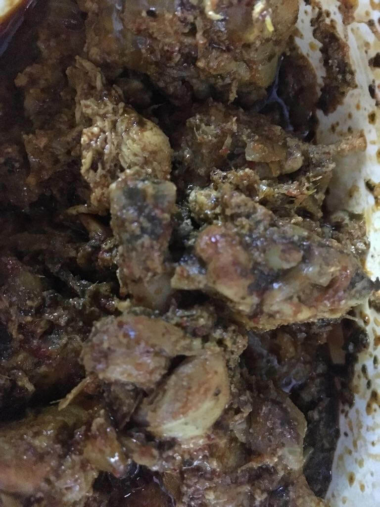 curry leaves chicken - added grinned powder