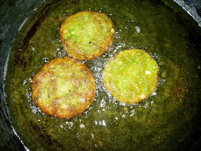 Chenna and Peas Tikki